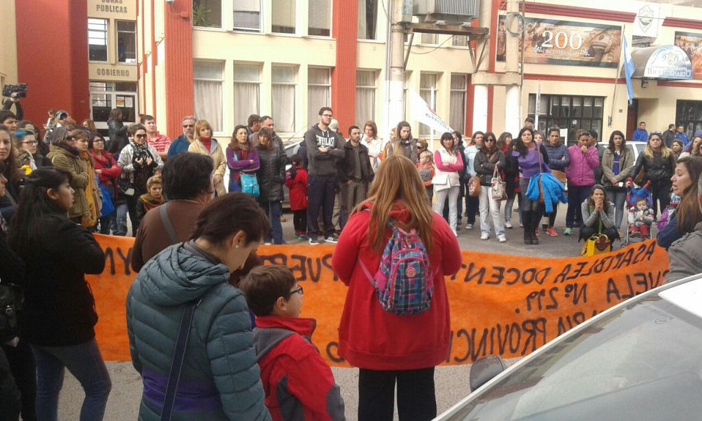 movilizacion docentes plaza san martin